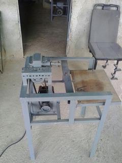 Molino Eléctrico Con Motor Y Caja Reductora De Velocidad.