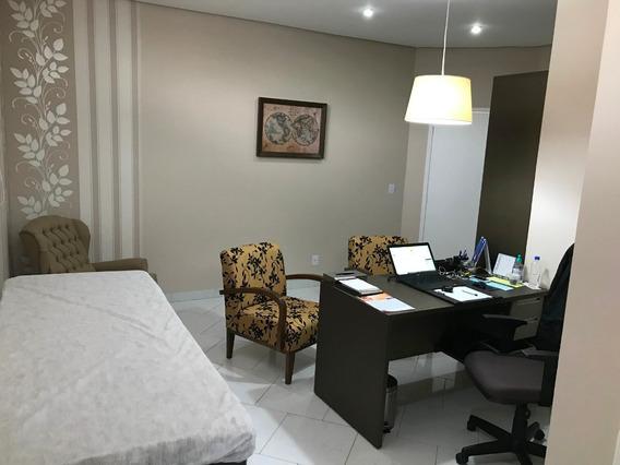 Sala Em Multiclínica Profissional Na Área Da Saúde