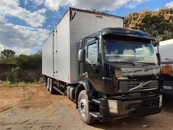 Caminhão Vm 260 6x2 2008 C/ Baú Comp. 9,60 Alt. 2,80 2013