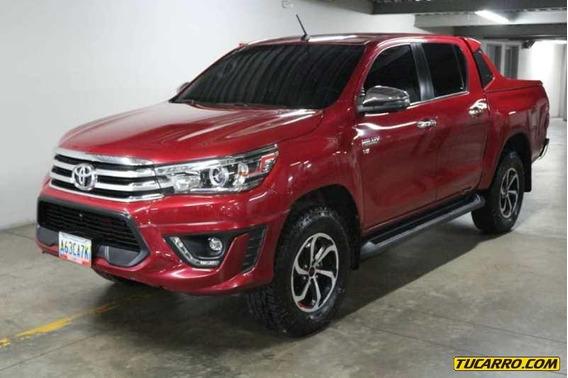 Toyota Hilux Kavak Dubai