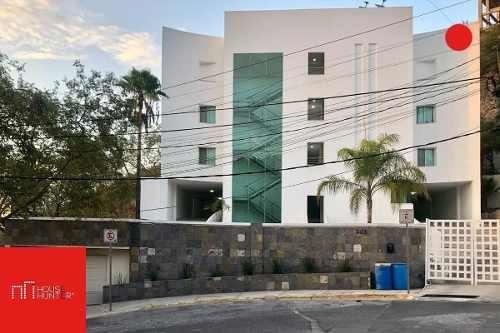 Departamento En Fuentes Del Valle, San Pedro Garza García