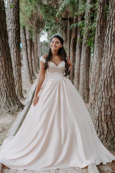 Vendo Lote C/333 Vestidos ÷ Noiva, Debutante, Festa, Damas
