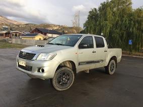 Toyota Hilux 4x4 , Petrolera Año 2014