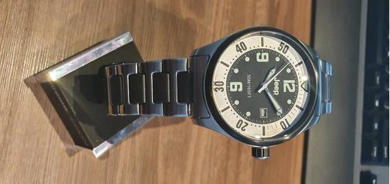 Relógio Jeep Quartz Pulseira De Aço Mostrador Aço E Preto