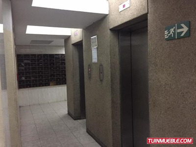 Oficinas En Alquiler - Urb. Horizonte Av. Rómulo G- 18-11688