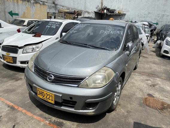 Nissan Tiida Hatch Back 2012 Accidentado
