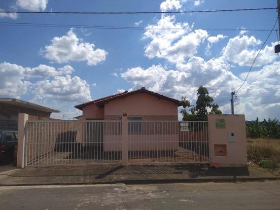 Casa Em Vila Nunes, Guaranésia/mg De 67m² 2 Quartos À Venda Por R$ 198.000,00 - Ca345527