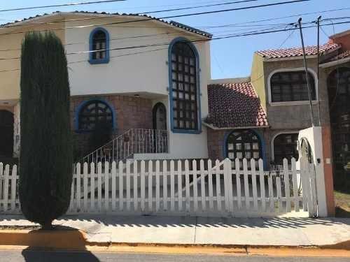 Casa Sola En Venta Fracc. Arboledas De San Javier