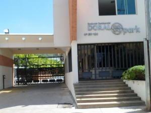 Townhouse En Venta En Mañongo Naguanagua 19-15526 Valgo