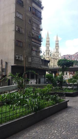 Apartamento En Alquiler Avenida San Martin Av-smt001