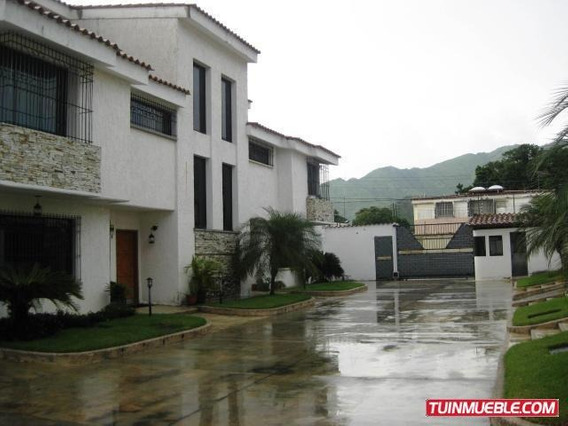 Townhouses En Venta Barrio Sucre 19-9327 Mfc
