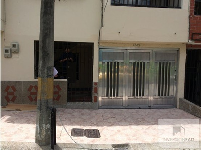 Bello Santa Ana Primer Piso Con Garaje