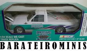 1:24 Chevrolet 95 Brickyard Racing Champions Barateirominis