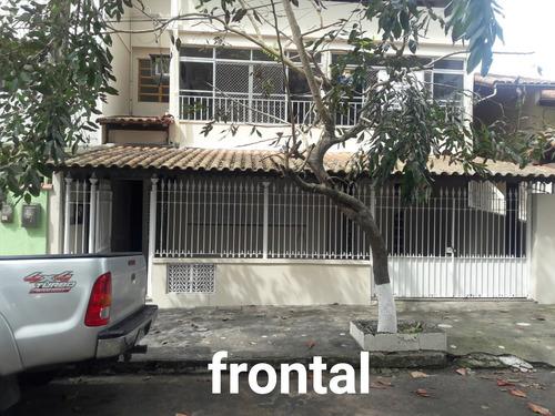 Imagem 1 de 13 de Excelente Casa Térrea À Venda, Composta De 2 Quartos Sendo 1 Suite, Localizada No Centro De Macaé, Rj - Rj - Ca0001_jg