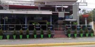 Santiago Por El Monumento Bar Restaurant Discoteca