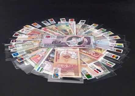 52 Billetes Del Mundo De 28 Países Distintos Con Funda Roja