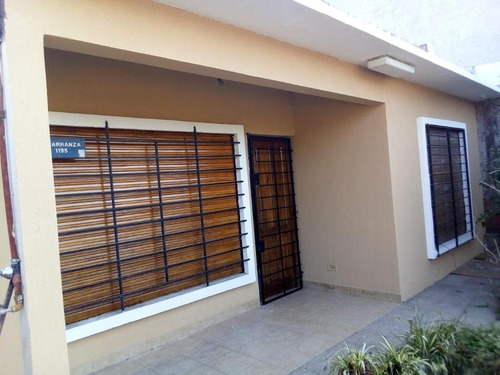 Excelente Casa Pontevedra 2 Dormitorios 1 Baño Solida