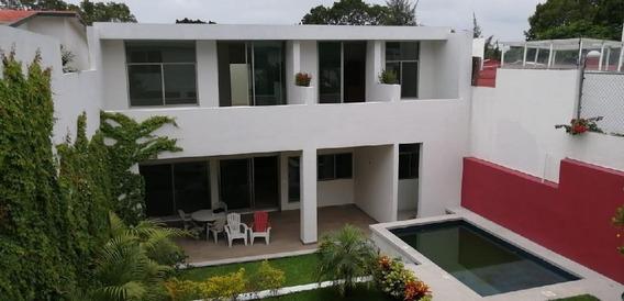 Venta Casa Nueva Moderna En Privada Con Alberca Zona Dorada Col. Vista Hermosa