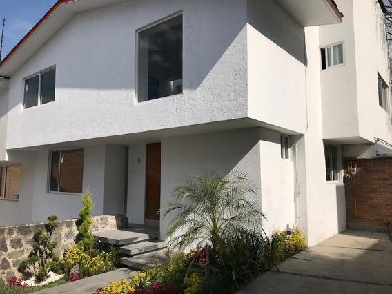 Casa Remodelada En Fraccionamiento Cerrado, Atlamaya