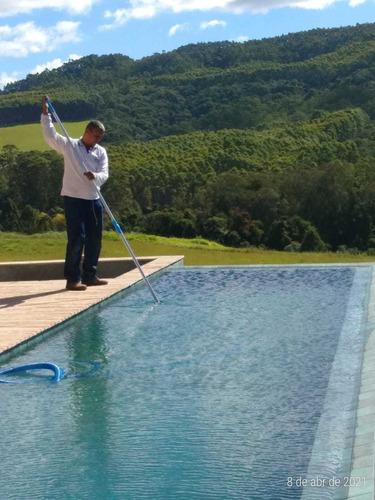 Imagem 1 de 5 de Sandro Piscineiro A Sua Piscina Limpa E Tratada