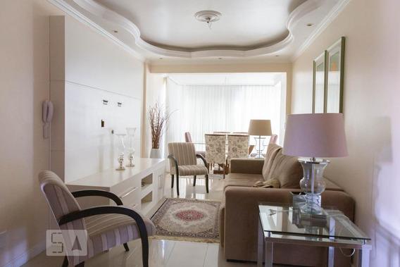 Apartamento No 5º Andar Mobiliado Com 2 Dormitórios E 1 Garagem - Id: 892968987 - 268987