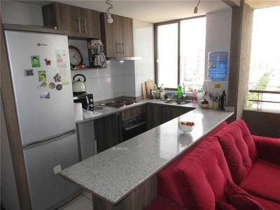 Departamento 2 Dormitorios Estacionamiento Metro Parque Ohiggins 46 Mt2