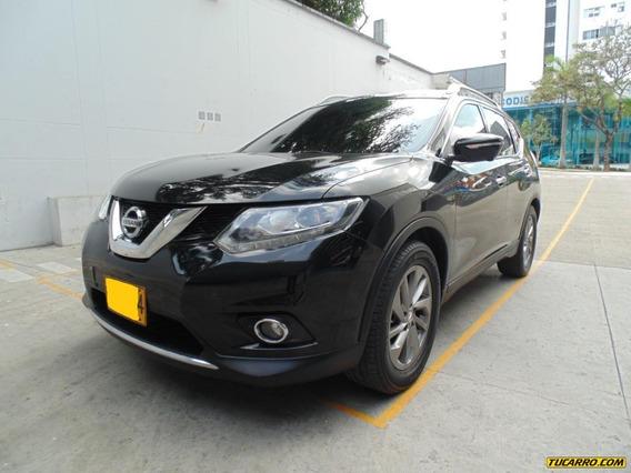 Nissan X-trail .