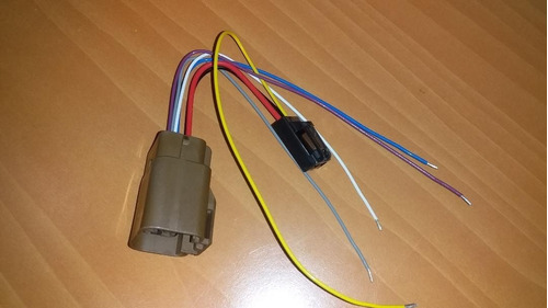 Conector Para Bomba De Gasolina Aveo