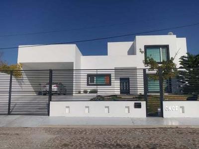 Casa En Vista Real