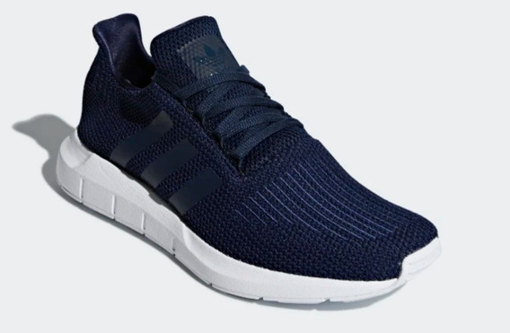 Tenis adidas Swift Run / Navy