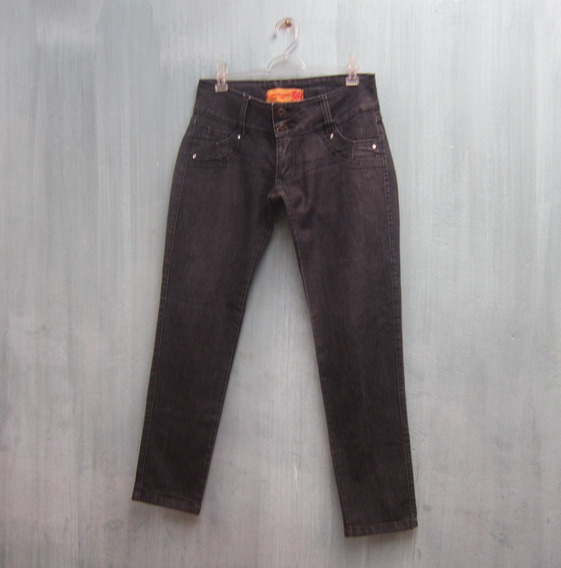Calça Jeans Preta Tamanho 46 Marca Carmim Usada