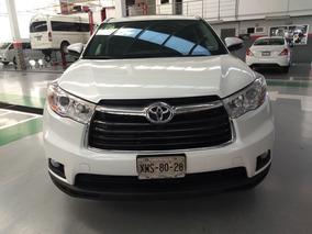 Toyota Highlander 3.5 Xle V6 At 2015 *financiamiento*