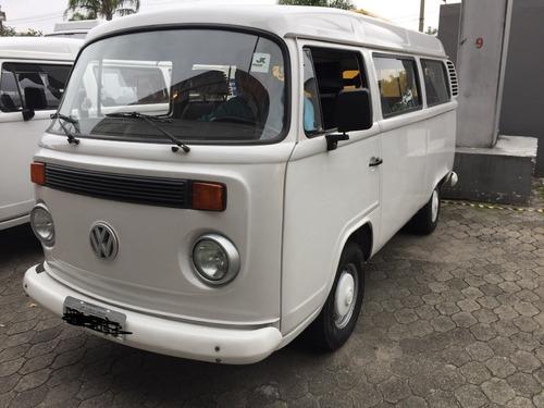 Imagem 1 de 8 de Volkswagen Kombi Standard