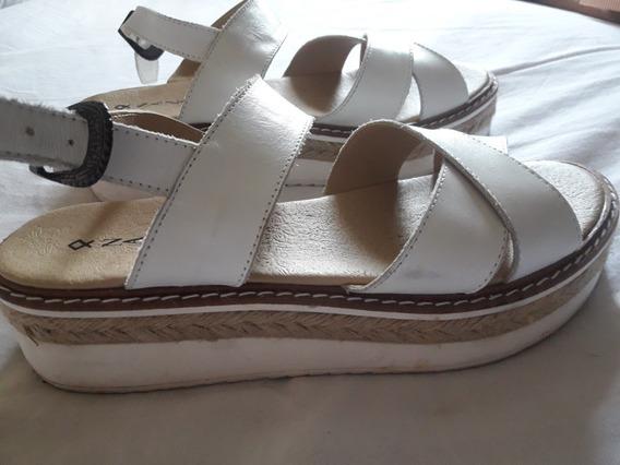 Sandalias Cuero Blancas Nazaria