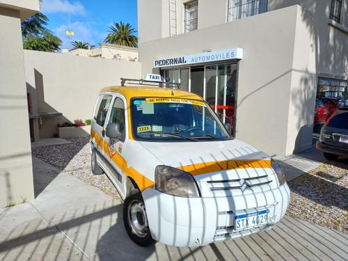 Venta Taxis Con Vehiculos Y Permisos