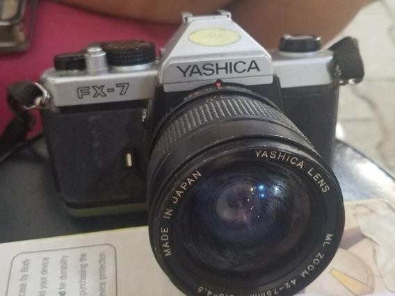 Camara Yashica Fx 7