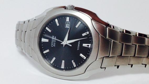 Hermoso Reloj Citizen Eco-drive Titanium (ref 1821)