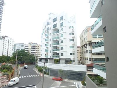 Alquilo Habitación Amueblada En Zona Exclusiva