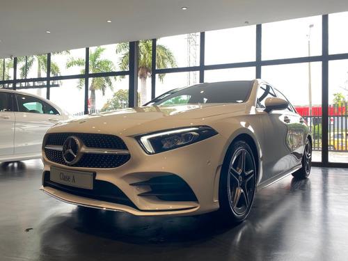 Mercedes Benz Clase A 180 4*2 At Sedán Blanco 2022 - 0km