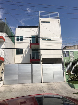 Edificio En Venta Con 17 Habitaciones En La Col. La Paz / Universidad Cuauhtémoc