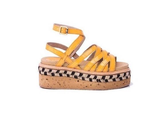 Zapato Mujer Sandalia Natacha Cuero Charol Caramelo #2881
