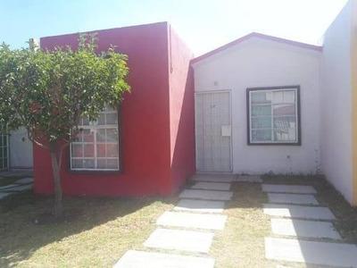 Casa Sola En Renta Fracc. Paseos De Chavarría