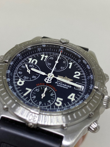 Relógio Breitling Chronomat Blackbird 40mm A13350
