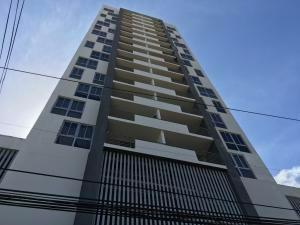Comodo Apartamento En Alquiler En El Carmen, Panamá Cv