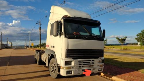 Imagem 1 de 2 de Caminhão Volvo Fh12 380 6x2 Ano 2001