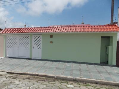 Casa Mobiliada Em Peruíbe, Próximo Ao Supermercado Extra