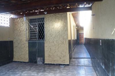 Casa Geminada Com 3 Quartos Para Comprar No Nova Floresta Em Belo Horizonte/mg - Dl1459