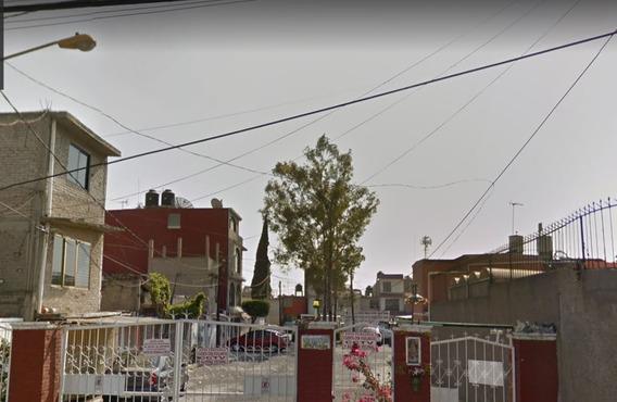 Casa En Plazas De Aragon