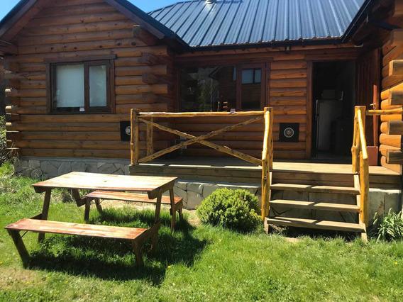 Alojamiento Ruka Wenüy ( Cabaña De Amigxs) Bariloche