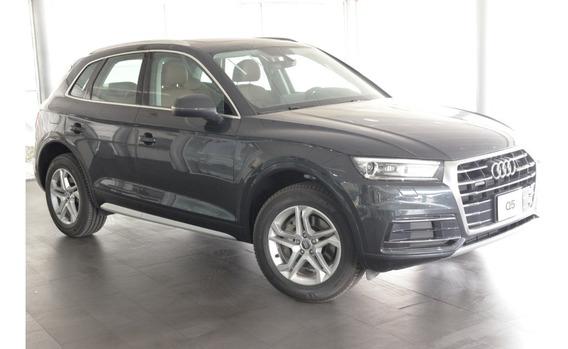 Demo Audi Q5 45 Tfsi Select Quattro 2020 Gris Manh / Marron